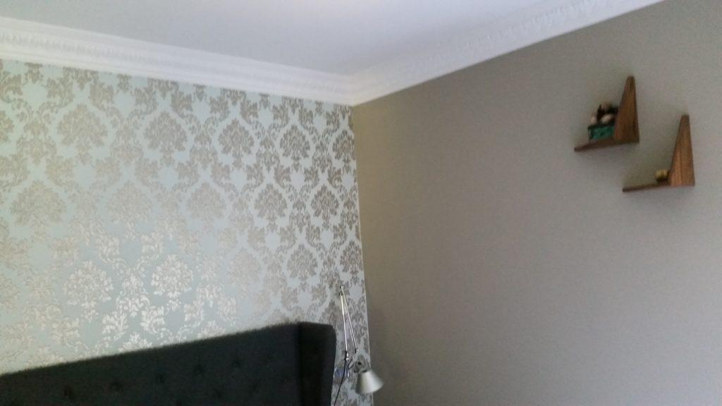 Tapet/maling af væg